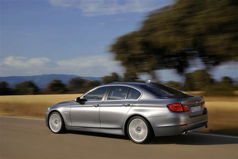 Top Gear Drives The 2011 Bmw 535i