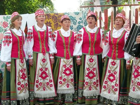belarus traditional dress belarus traditional dresses traditional clothes and