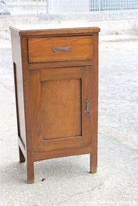 Comodini in legno antico (Foto 22/27) Design Mag