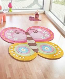Teppich Für Kinderzimmer : teppich mit schmetterling motiven 38 modelle ~ Eleganceandgraceweddings.com Haus und Dekorationen