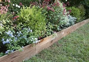 les bordures dessinent votre jardin With attractive allee de jardin originale 1 allee jardin en gravier ardoise et bois creer une allee