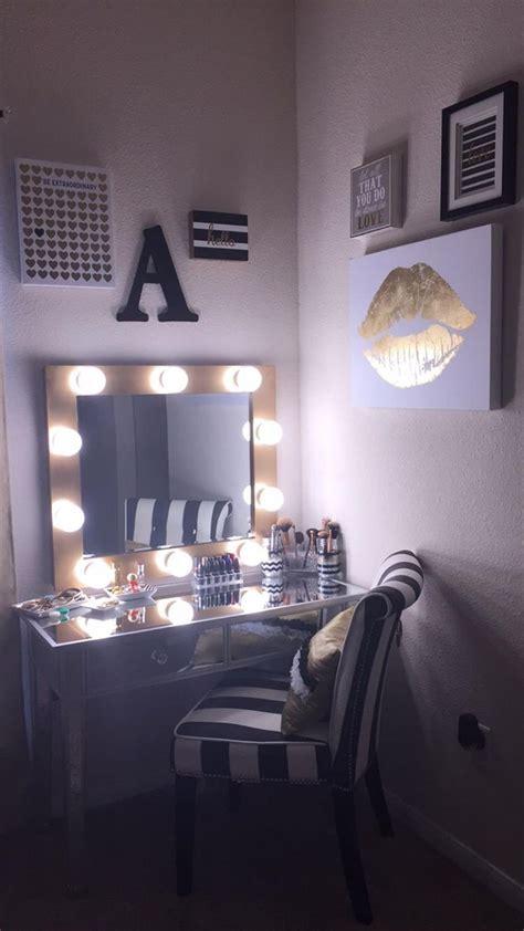 bedroom mirrors with lights around them bedroom vanity set with lights around mirror 18 gongetech 20275 | Bedroom Vanity Set With Lights Around Mirror 18