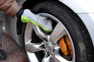Comment Bien Nettoyer Sa Voiture : nettoyer et entretenir sa voiture lavatrans ~ Melissatoandfro.com Idées de Décoration