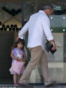 Mel Gibson shows his softer side as he takes daughter ...