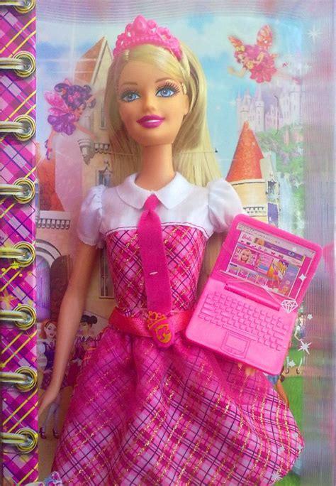 Barbie Escuela De Princesas Modelo 3 $ 1 500 00 en
