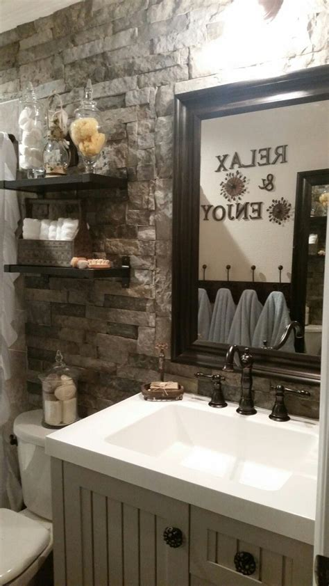 diy rustic bathroom makeover  lowes airstone