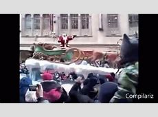 Christmas Fails GIF Find & Share on GIPHY