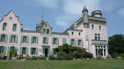 chambres d h es aude chambre d 39 hôtes chateau de villeneuve à montolieu aude