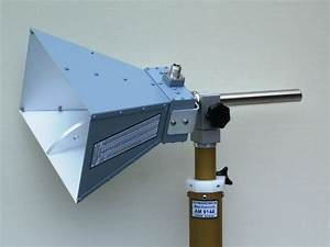Double Ridged Horn Antenna