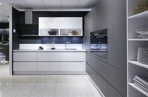 schott cuisine cuisine brillante sans poignées cuisiniste haut de gamme