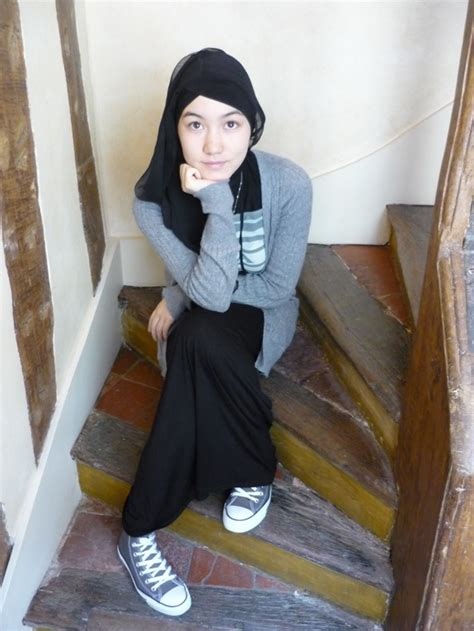 40 Modern And Simple Hijab Styles   Unique Viral