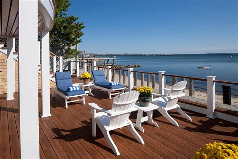 20 dreamy style decks for a relaxing staycation