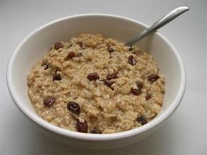 GOOD FOODIE: Oatmeal (Why you should eat it!)