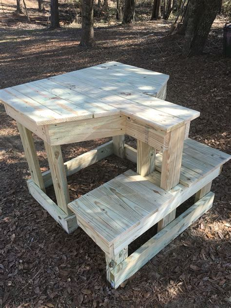 outdoor shooting bench  provide maximum stability