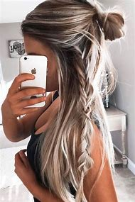 Easy Hairstyles for Long Blonde Hair