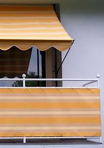 angerer freizeitmobel balkonsichtschutz meterware beige With balkon teppich mit tapete beige gestreift