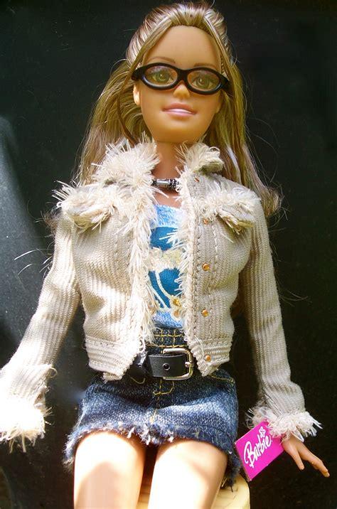 Cali Girl Barbie  So Excellent Earrings  Barbiebeauties
