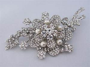 crystal wedding broochpearl bridal broochbridal sash With wedding dress brooch