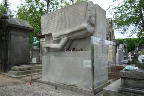 cimetiere du pere la chaise cimetière du père lachaise smarterparis city guide