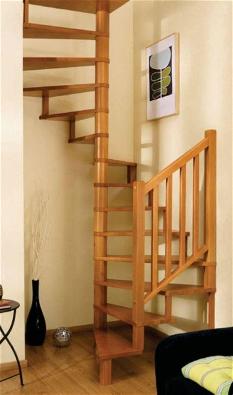 pin escalier en colimacon sur on