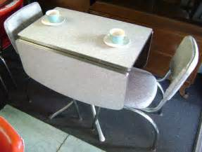 Retro Drop Leaf Kitchen Table and Chairs