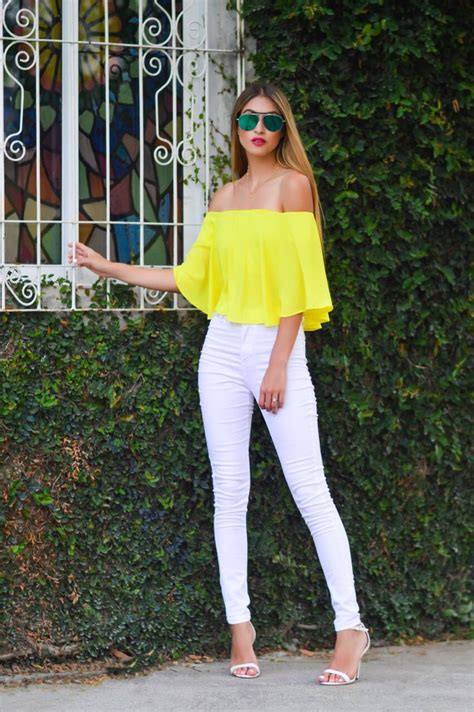 25+ best ideas about Yellow outfits on Pinterest | Yellow style Yellow top and Yellow dress outfits