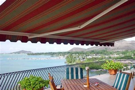 guide  wind resistant awnings