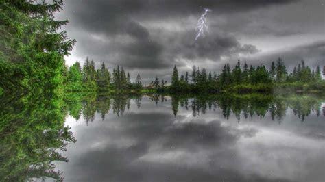 Animated Thunderstorm Wallpaper - amazing thunderstorm animated wallpaper http www