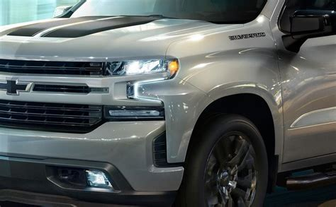 chevrolet silverado midnight  rally editions top