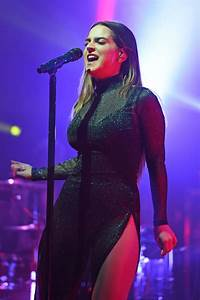 Joanna Jojo Levesque - Performs in Concert in Fort ...