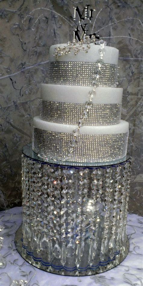 wedding cake stand chandelier waterfall cascade