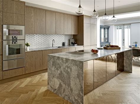 bespoke contemporary kitchens a contemporary bespoke kitchen for a property in 1585