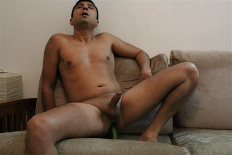 Naked South Asian Men: Desi Man Naked