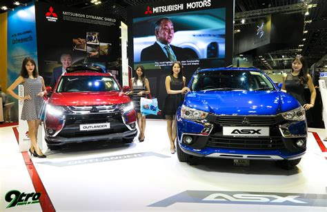 The 2018 Singapore Motorshow Vrooms Back