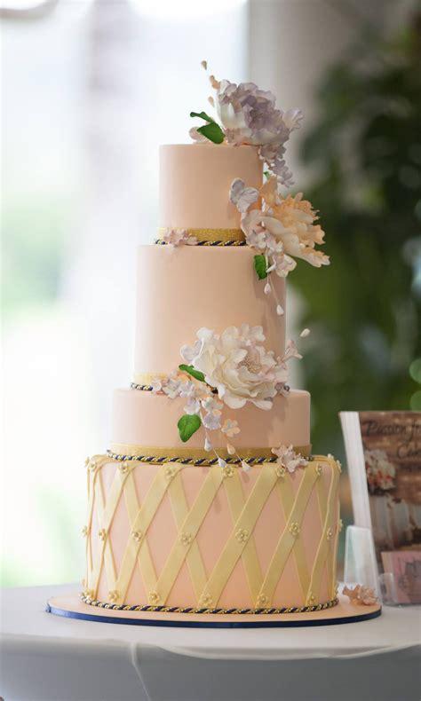 wedding cakes cairns palm cove port douglas