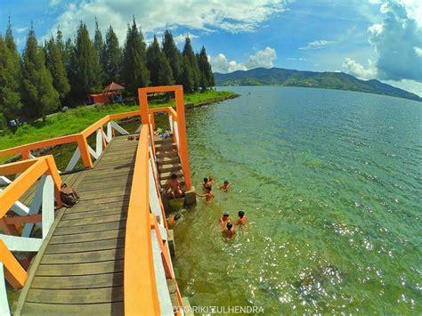 tempat wisata danau  sumbar   cantik itiak
