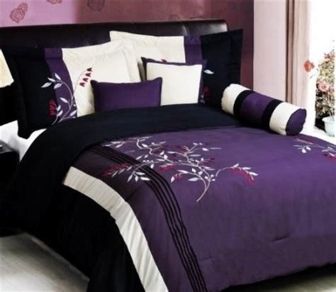 amazon com 7 pc modern purple black embroidered comforter set bed in a bag king size