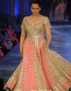 Top 5 Blouse Designs For The Plus-Size Bride! - Blog