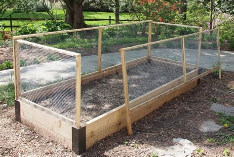 raised bed fence  custom corners