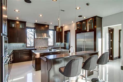 kitchen with island and breakfast bar 27 amazing island kitchens design ideas 9628