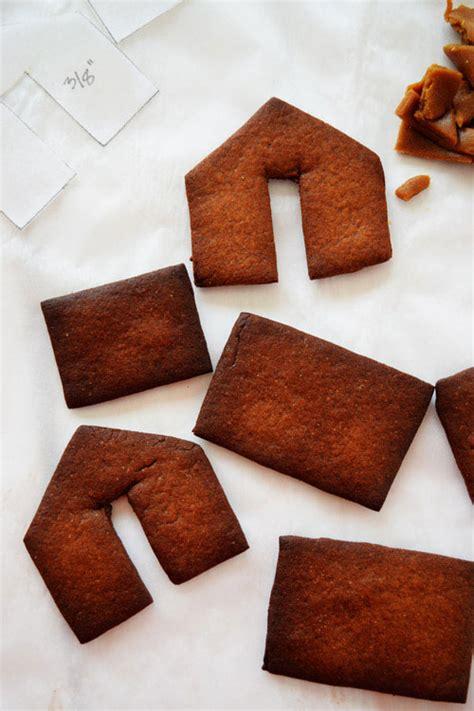 mini gingerbread house naive cook cooks