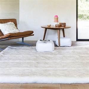 tapis sur mesure ecru en fausse fourrure par ligne pure With tapis shaggy avec plaids fourrure pour canapé