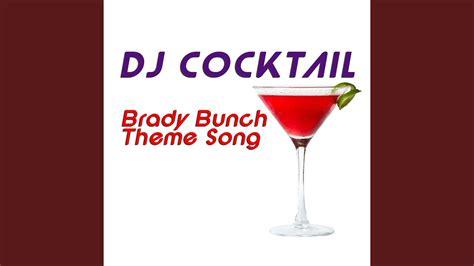 Anda juga dapat menambahkan audio pada intro video anda, silakan pilih ikon musik > lalu silakan pilih audio dari galeri anda dengan pilih select. Brady Bunch Theme Song (Karaoke Version) - YouTube