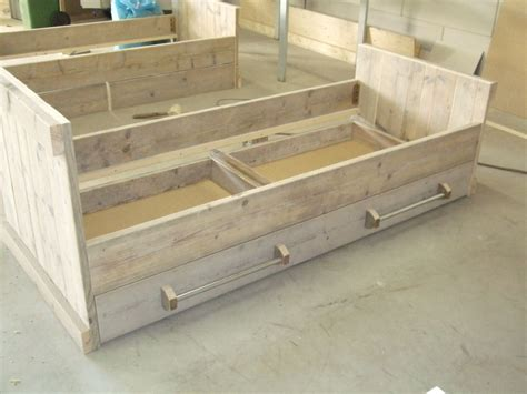 steigerhout bed zelf maken google zoeken diy bed