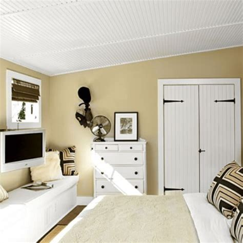 How To Arrange A Small Bedroom With Lots Of Furniture 5