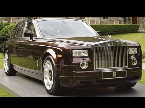 Rolls Royce Vs Bentley by Rolls Royce Phantom Vs Bentley Mulsanne Notoriousluxury