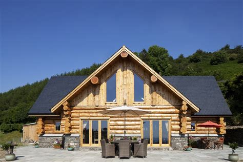 log cabin home handcrafted log cabins