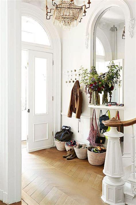 cozy basket storage ideas   home shelterness
