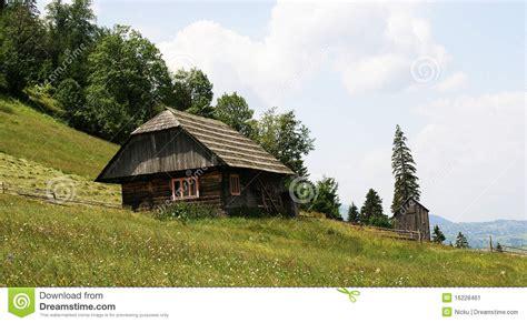 maison traditionnelle de montagne image stock image 16228461