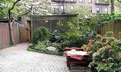 small courtyard garden design small houses interior design floor ideas small courtyard